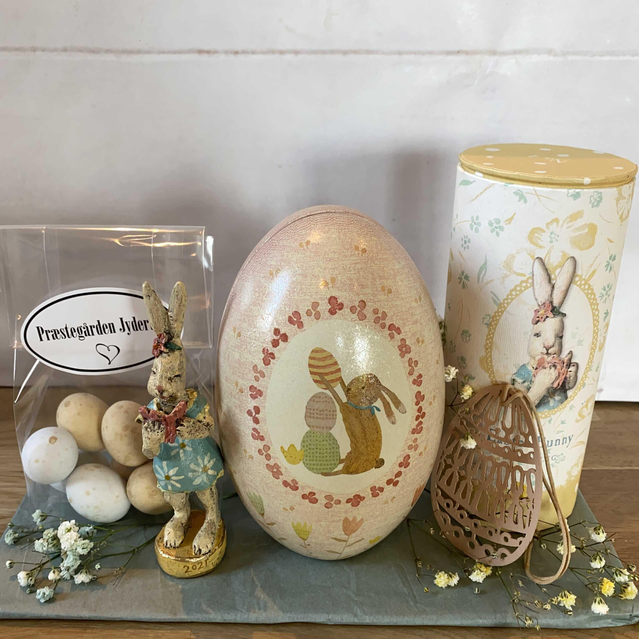 Påske~Sæt med Metal æg, sød kanin fra Maileg, påskevedhæng og lækre dragéæg ~ 250 kr.